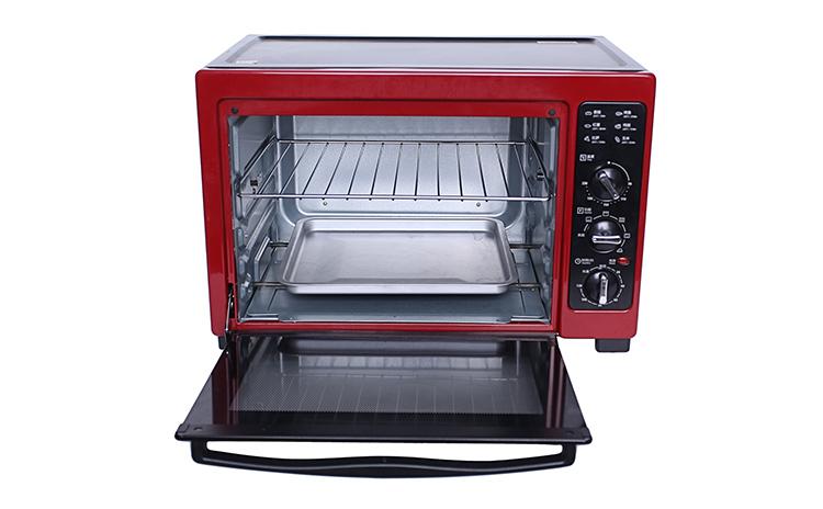 类别:普通电烤箱 开门方式:下开门 温控形式:机型温控器 内部材质