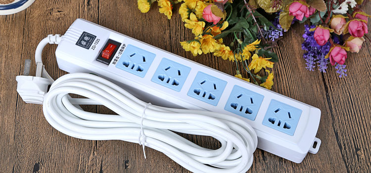 卓电接线板/排插优惠